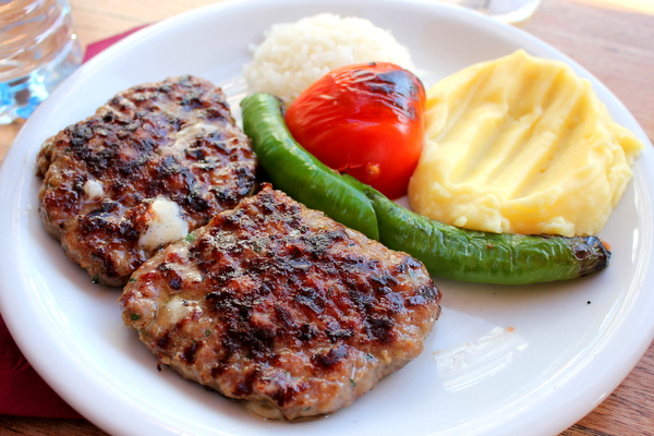 The turkish food guide for foodies passport and plates for About turkish cuisine