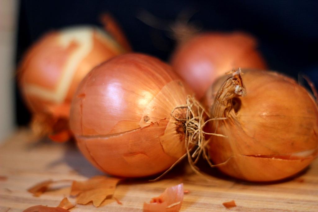 French Onion Tart (Tarte aux Onions)
