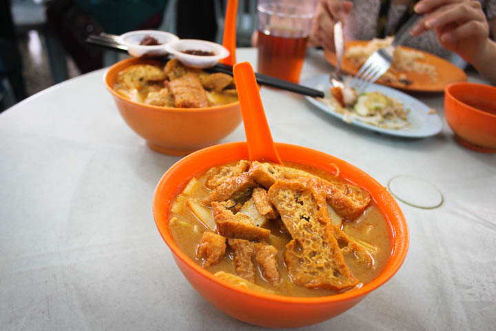 Two_Week_Malaysia_Itinerary_Curry_laksa