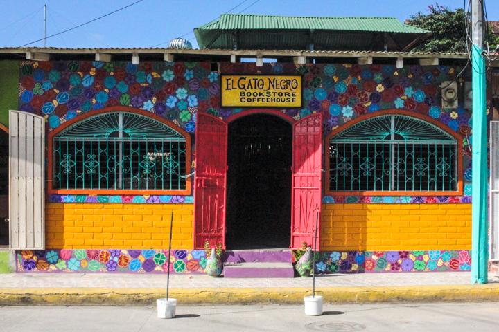 San_Juan_del_Sur_Colorful